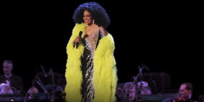 Diana Ross sings memories with the Hollywood Bowl Orchestra.